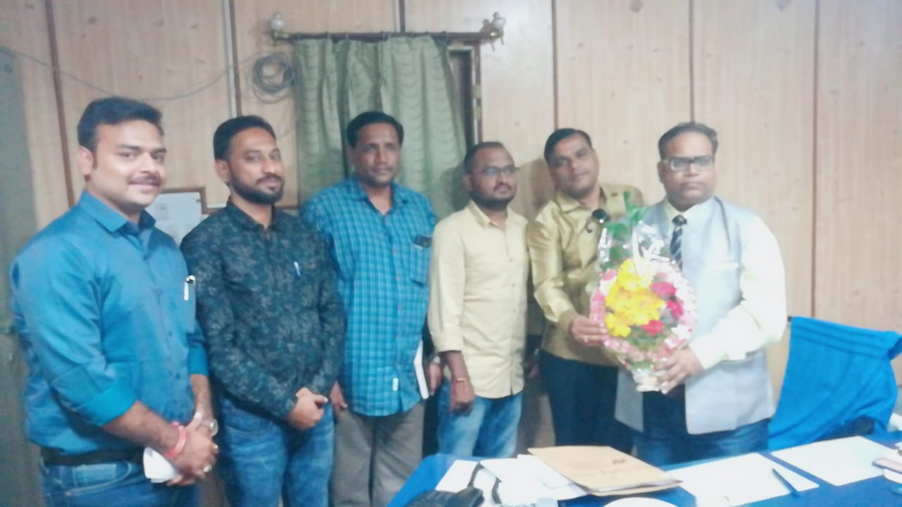 DS Bijapur welcoming New GM